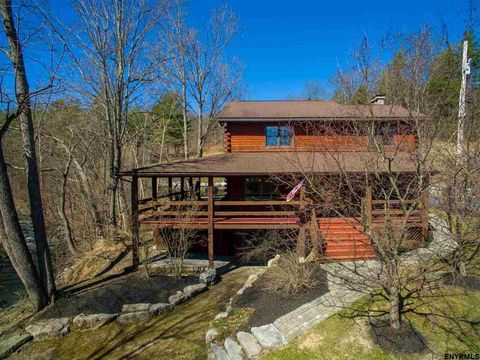 1621 State Route 143, Coeymans Hollow, NY 12046