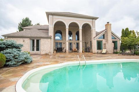 With Swimming Pool Homes For Sale In Ann Arbor Mi Realtor Com