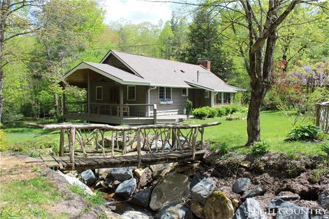 Photo of 358 Leisure Acres Dr, Boone, NC 28607