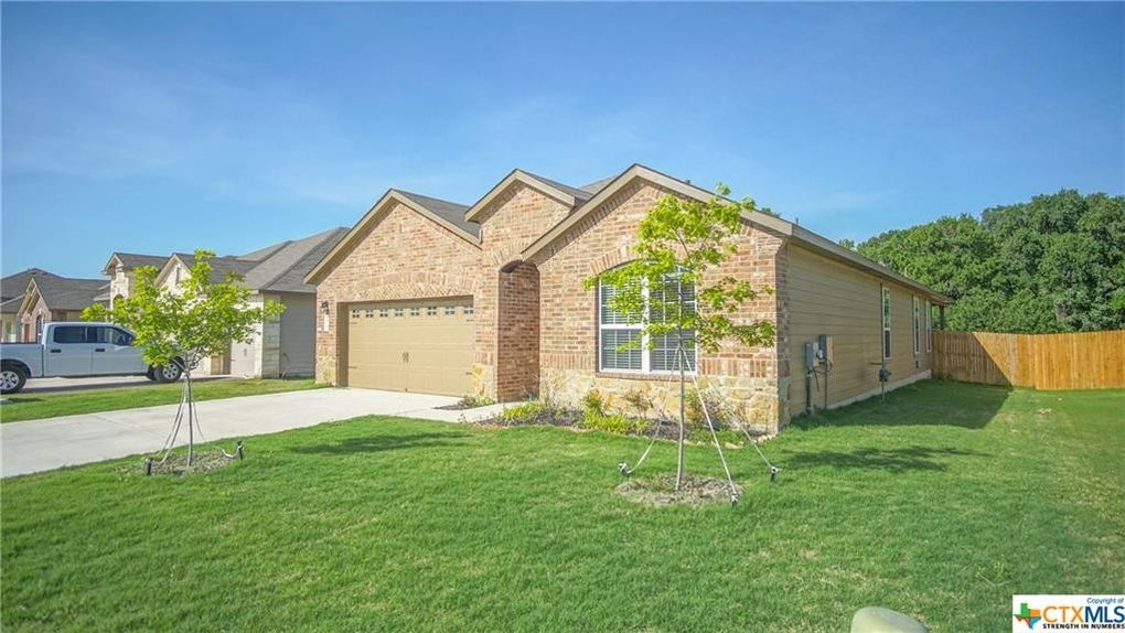 275 Lillianite, New Braunfels, TX 78130