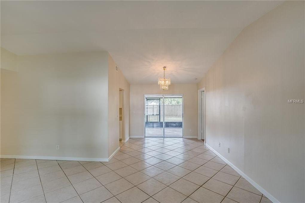 12905 Leadwood Dr, Riverview, FL 33579