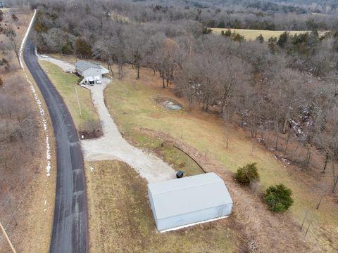 Photo of 5980 E Claysville Rd, Hartsburg, MO 65039