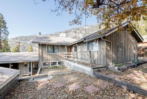 55142 Huntington Lake Rd, Big Creek, CA 93605
