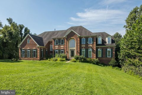 Marvelous 1663 Lake Ridge Ct Finksburg Md 21048 Home Interior And Landscaping Synyenasavecom