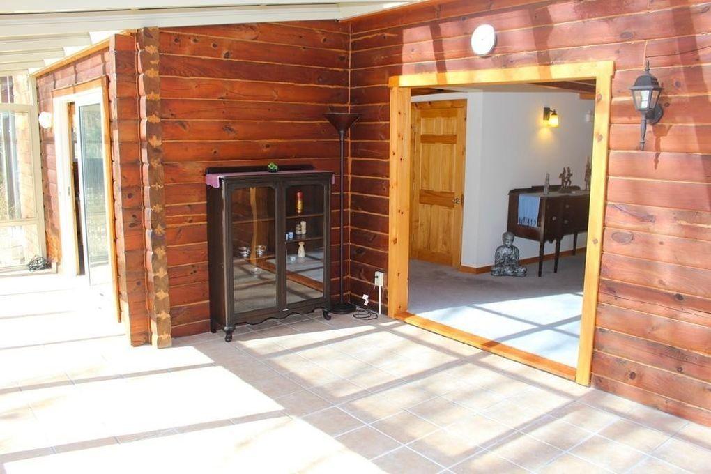 1130 alger st winchendon ma 01475. Black Bedroom Furniture Sets. Home Design Ideas