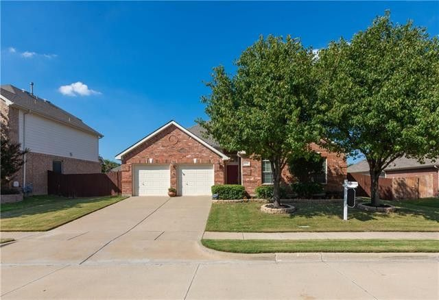 5113 Holly Hock Ln Fort Worth, TX 76244