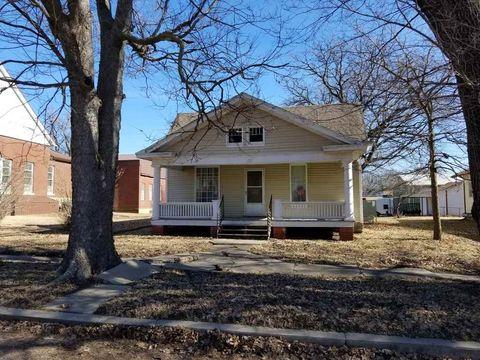 129 N Cedar, Howard, KS 67349