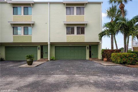 491 Haven Point Dr, Treasure Island, FL 33706