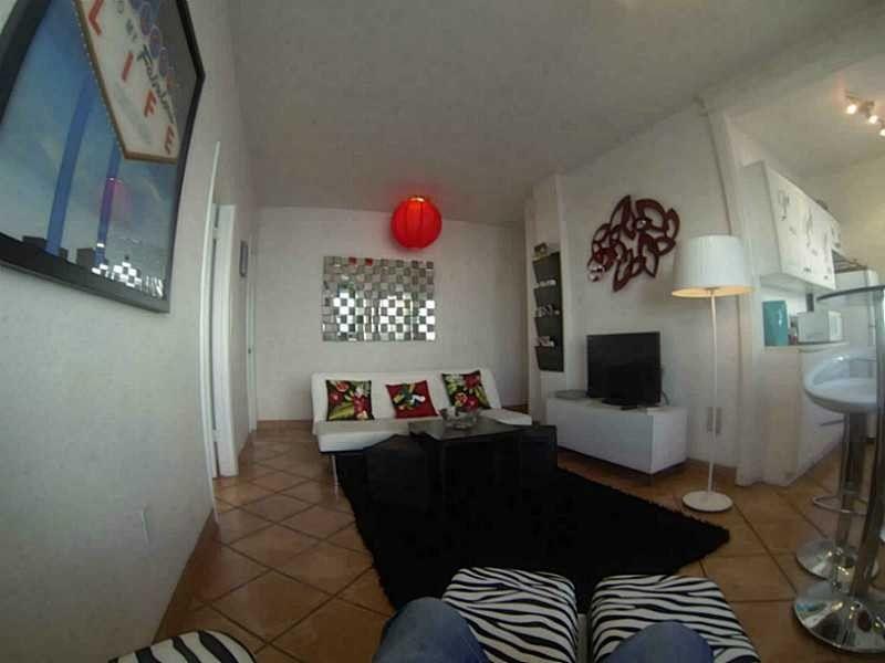 1100 Collins Ave Apt 302, Miami Beach, FL 33139