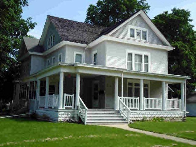 504 E Honeywell Ave, Hoopeston, IL 60942 - realtor.com®