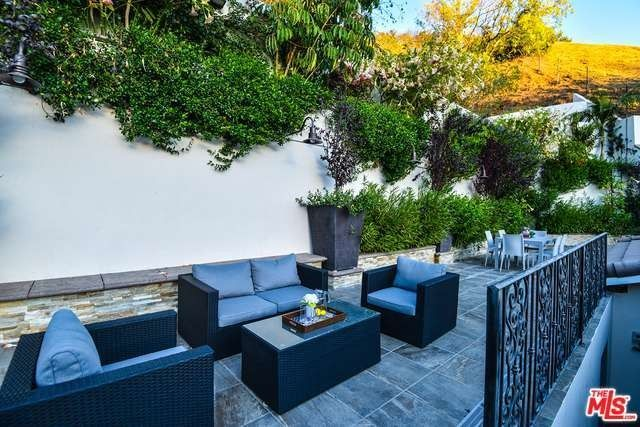 8150 Willow Glen Rd Los Angeles CA 90046 Home For Sale Real Estate
