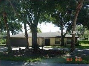 901 Crestview Dr, Auburndale, FL 33823
