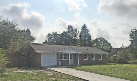 542 Cathay Rd, Wilmington, NC 28412