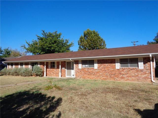 1413 Oak Hills Dr Graham, TX 76450