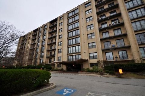 4601 W Touhy Ave Apt 610, Lincolnwood, IL 60712