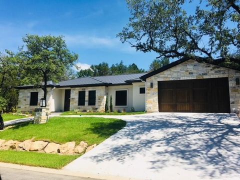 Photo of 907 Hi Cir S, Horseshoe Bay, TX 78657