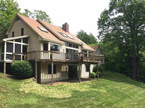 quechee singles Zillow has 0 single family rental listings in quechee hartford use our detailed filters to find the perfect place, then get in touch with the landlord.