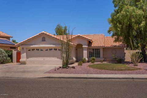 7430 W Via Montoya Dr, Glendale, AZ 85310