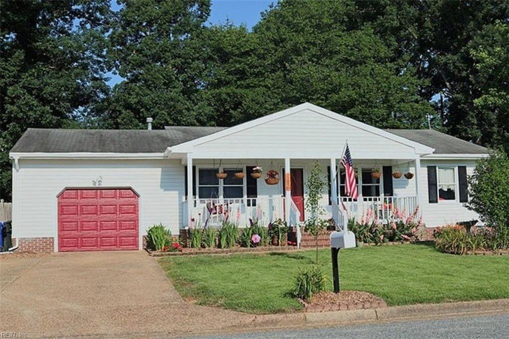 289 Buttercup Ln, Newport News, VA 23602