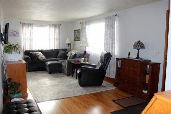 Ordinaire 17 Halstead Ave, Owego, NY 13827
