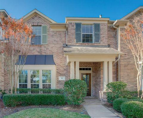 The Woodlands TX Homes With Special Features