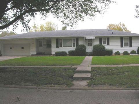 721 Pine St, Osage, IA 50461