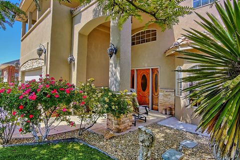 Photo of 7705 Ridgeview Dr Nw, Albuquerque, NM 87120