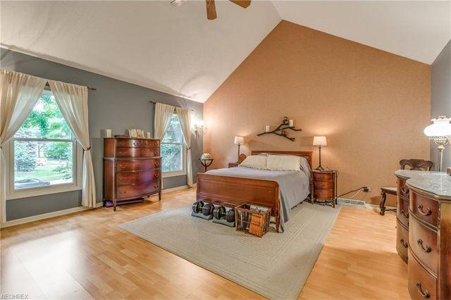 8718 Harvest Home Dr  Mentor  OH 44060   Bedroom. 8718 Harvest Home Dr  Mentor  OH 44060   realtor com