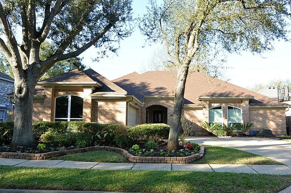 14122 Woodville Gardens Dr, Houston, TX 77077
