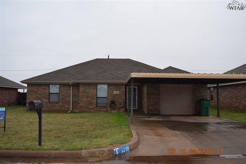 Photo of 1228 Newman Ave, Iowa Park, TX 76367