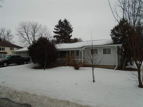 Photo of 364 Oak St, Arena, WI 53503