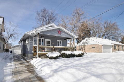 Photo of 2312 Russet St, Racine, WI 53405