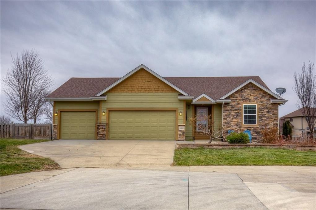 12441 Nw 111th Ave, Granger, IA 50109