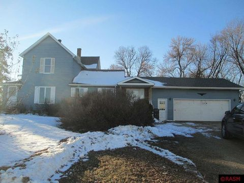 Photo of 38933 State Highway 22, Saint Peter, MN 56082