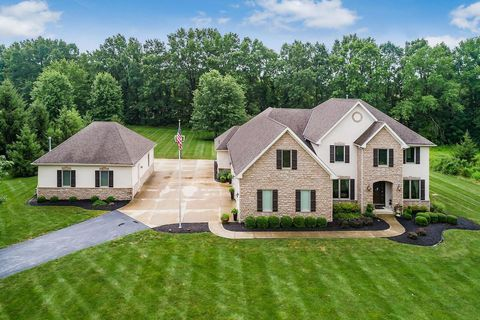 Photo of 10400 Sage Creek Dr, Galena, OH 43021