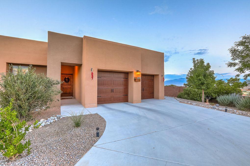 6331 Comfrey Rd NW Albuquerque, NM 87120