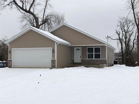 Photo of 410 S Clinton St, Collinsville, IL 62234