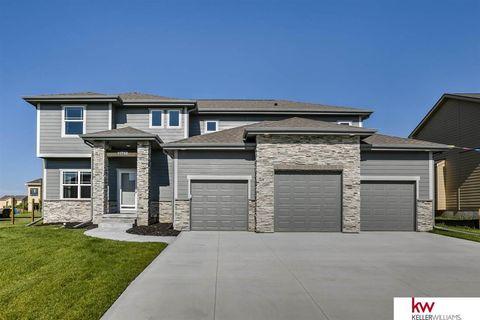 4609 Sheridan Rd, Bellevue, NE 68133