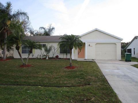 2392 Se Maslan Ave, Port Saint Lucie, FL 34952