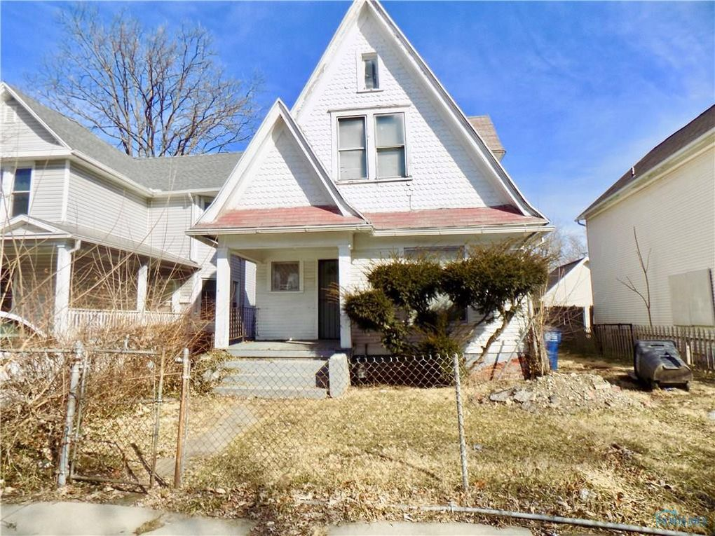 1358 Lincoln Ave, Toledo, OH 43607
