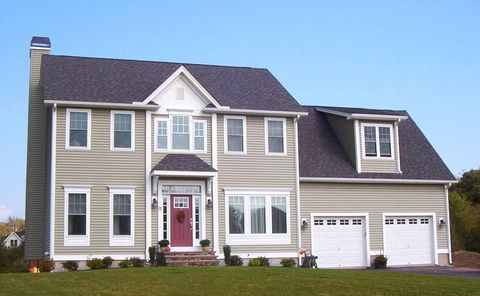 Photo of 12 Linden Ln, Rehoboth, MA 02769