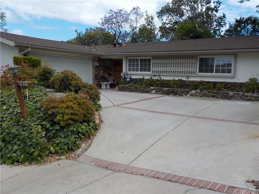 20566 Hatteras St, Woodland Hills, CA 91367