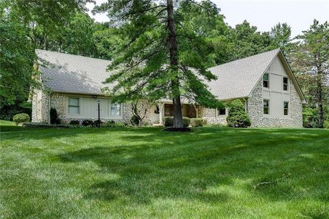 Photo of 8324 Lookout Ct, Indianapolis, IN 46217