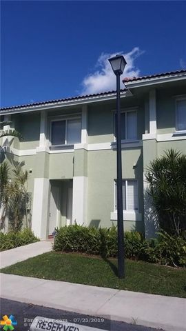 Photo of 119 Hidden Court Rd Unit 10 C, Hollywood, FL 33023