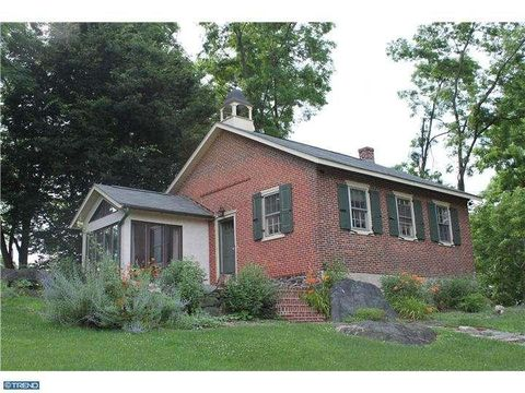 398 S Guernsey Rd, West Grove, PA 19390