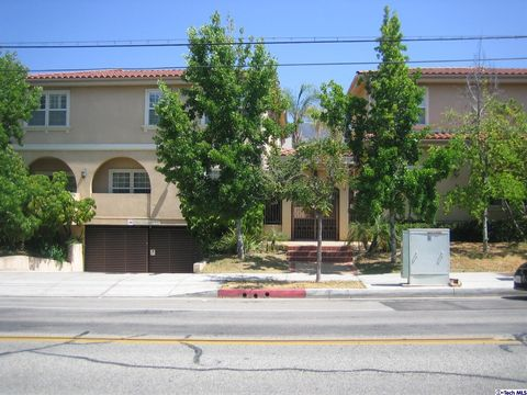 Brand park real estate homes for sale in brand park for House for sale glendale