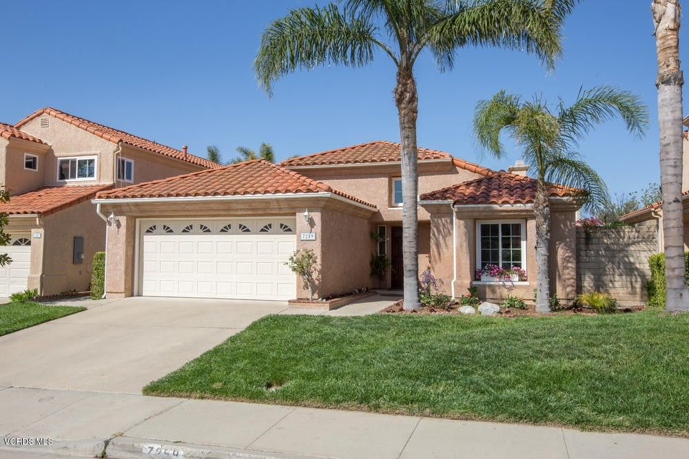 7259 University Dr, Moorpark, CA 93021