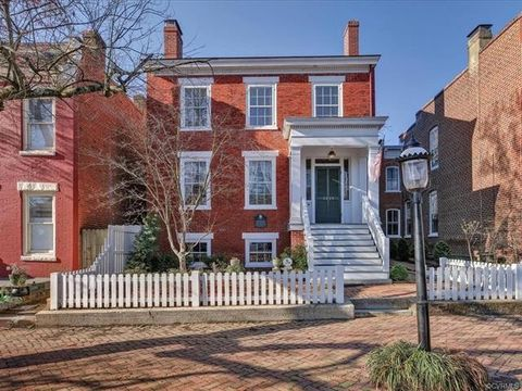 Photo of 2815 E Grace St, Richmond, VA 23223
