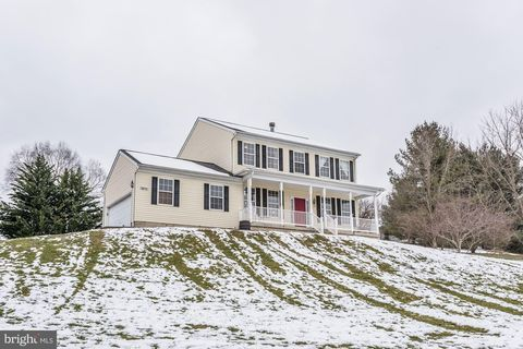 Photo of 1416 Old New Windsor Rd, New Windsor, MD 21776