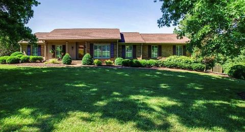 Photo of 8129 Maryland Ln, Brentwood, TN 37027